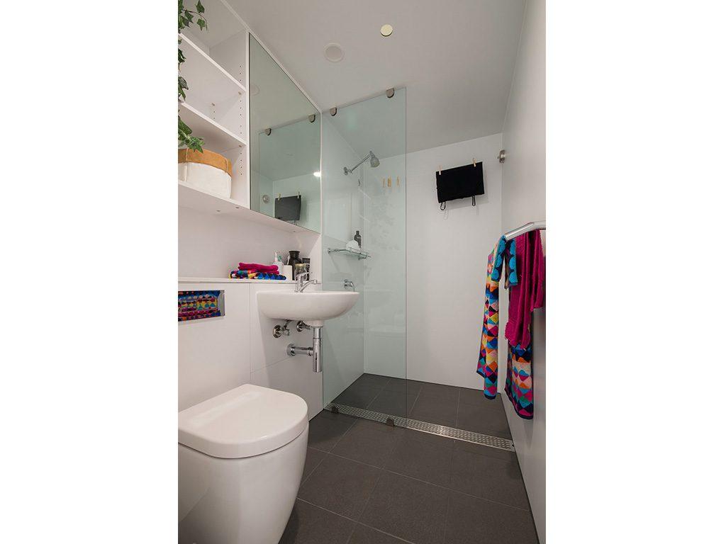 The University of Tasmania (UTAS) has also utilised Interpod bathrooms.